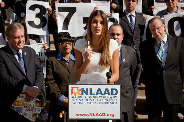 Actress/model and former Miss Universe Dayana Mendoza discusses the OraQuick® In-Home HIV test at a press conference hosted by Latino Commission on AIDS President Guillermo Chacon for National Latino AIDS Awareness Day.